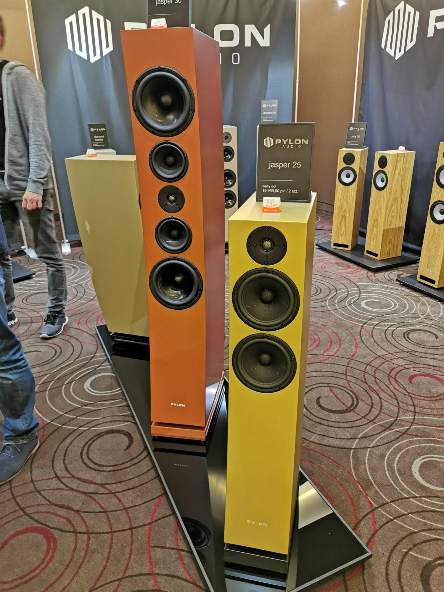 loa pylon audio jasper 30 hay